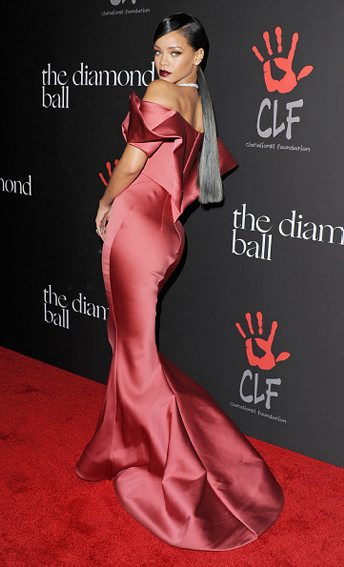 DECEMBER: Rihanna in ZAC POSEN  arrives at Rihanna's First Annual Diamond Ball at The Vineyard on December 11, 2014 in Beverly Hills, California. (Getty Images)