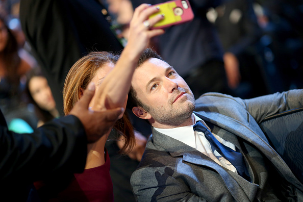 We coudn't spot the lucky lady taking a selfie with Ben Affleck, but all we know is that such moments are becoming regular to red carpet events, offering us a lot to talk (*read gossip) about / Getty Images