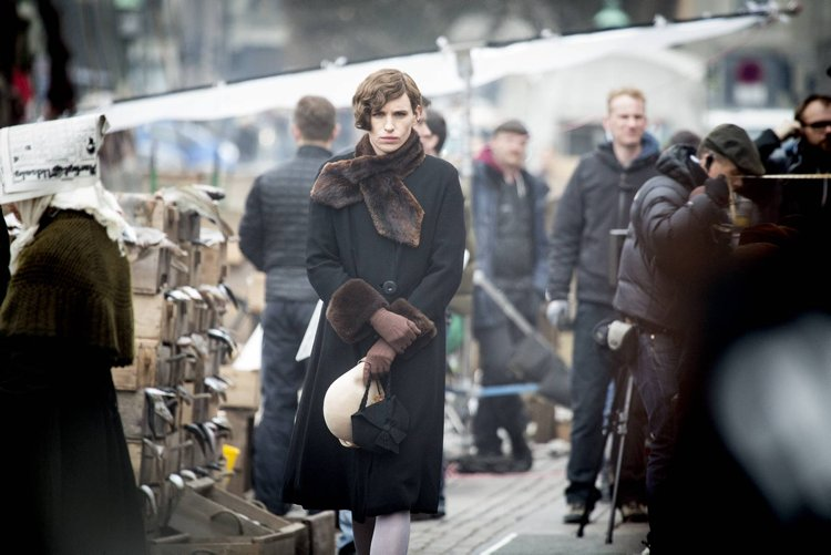 "Actor Eddie Redmayne dressed like a woman on the set of the movie ""The Danish Girl"" in Nyhavn, Copenhagen. Pics taken March 25th, 2015. (Splash News Exclusive)"